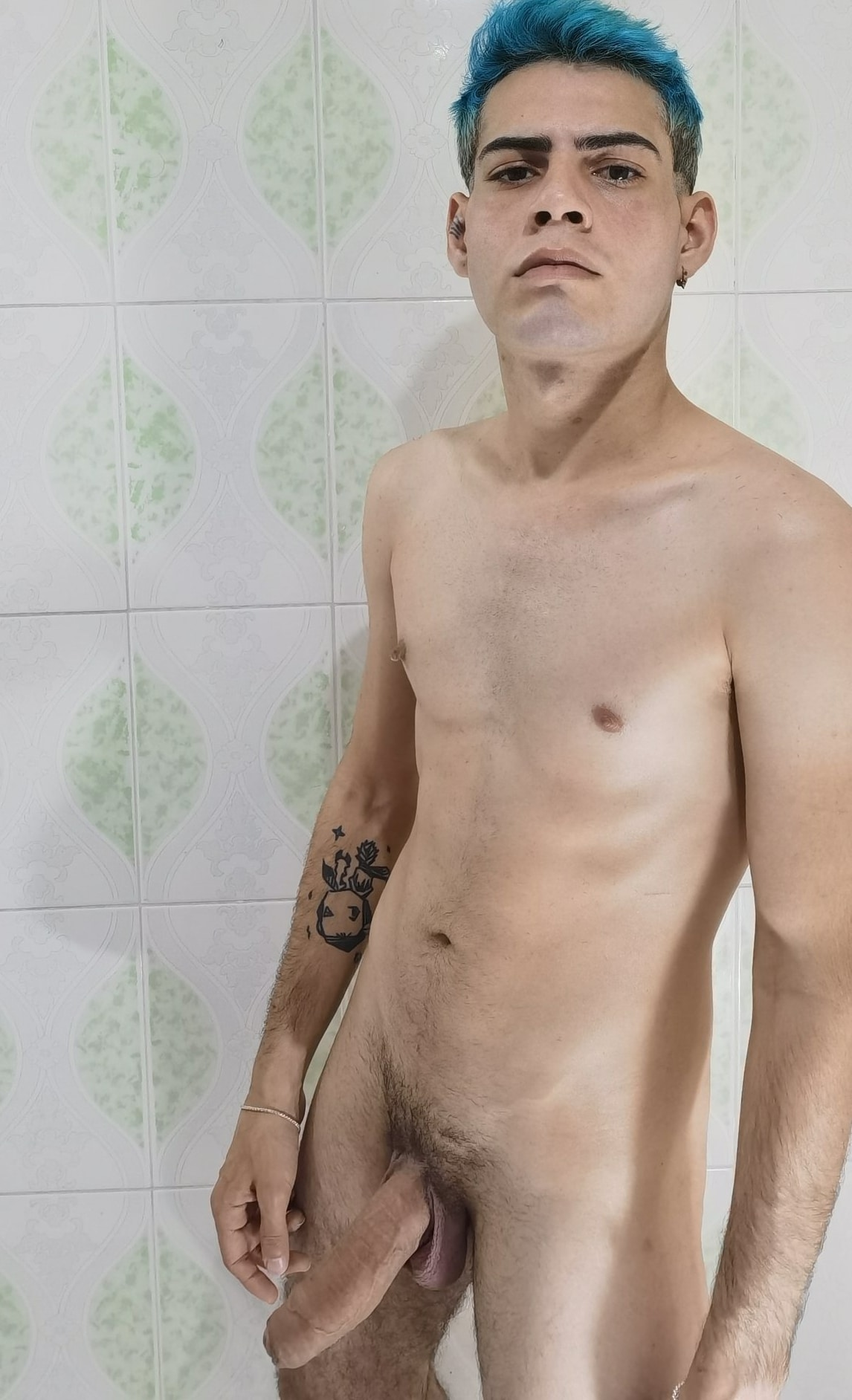 Blue hair and a sexy cock